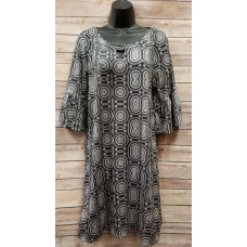 Erma's Closet Black and Cream Circle Print Key Hole Dress