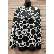 Erma's Closet Black and White Polka Dot Pullover Top
